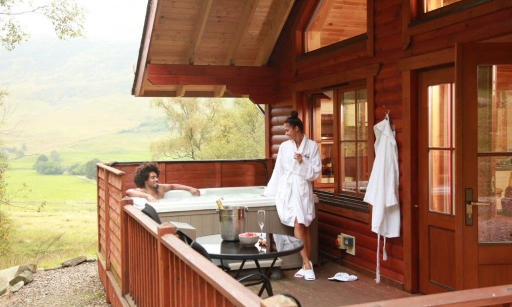 Accommodation - Luxury Lodges with Hot Tubs