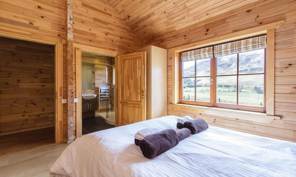 Accommodation - Luxury Lodges with Hot Tubs - 2 bedroom lodge