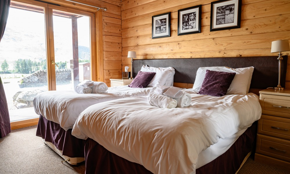 Accommodation - Luxury Lodges with Hot Tubs - 3 bedroom