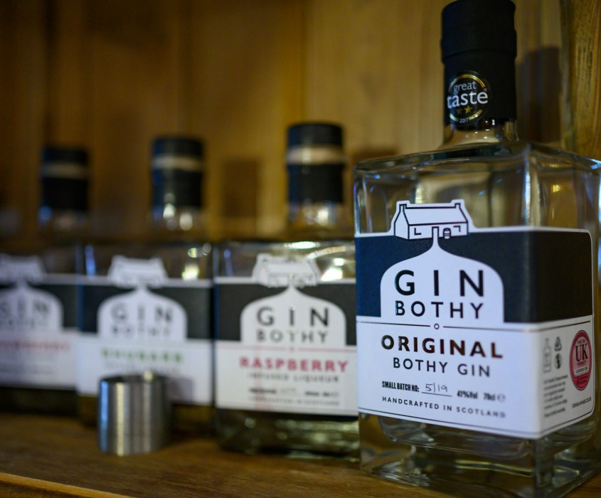 Adventures Further attractions Gin bothy